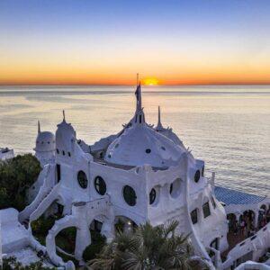 Casa Pueblo Club Hotel. Puede reservarlo con la Agencia de Viajes ATN Travel Services.